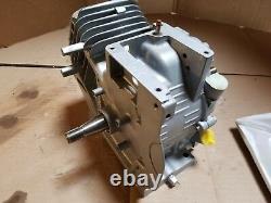 Briggs & Stratton 699586 Short Block MODEL 12 Dual Horizontal Shaft NOS