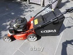 Cobra M40B 16 B&S Powered Lawnmower Briggs and Stratton 125cc