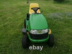 John Deere ride on mower higher American Spec with 19hp Briggs and Stratton eng