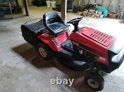 MTD Ride on Lawnmower RH115 Lawn Tractor 11.5 hp Briggs and Stratton engine