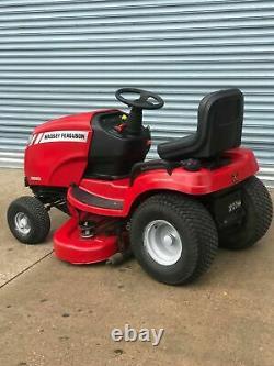 Massey Fergusson Tractor Ride On Mower Hydrostatic 500cc 20hp 116cm Deck &Roller