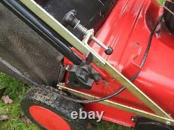 Mountfield S38 lawn scarifier rake Briggs & Stratton 3.5HP