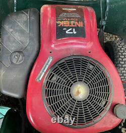 Ride on lawn mower 17 HP Briggs & and Stratton Petrol Engine ohv