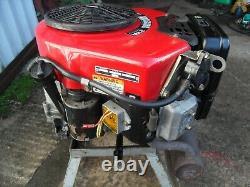 Ride on mower Vertical 18HP V-Twin Vanguard Briggs Stratton Petrol Engine