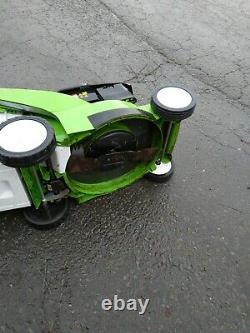 Viking MB545VM petrol lawnmower. Briggs & Stratton, commercial mower