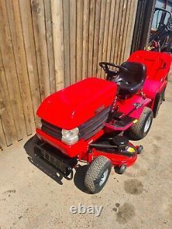Westwood t1600 ride on mower Briggs&stratton 16 HP V Twin Petrol Engine